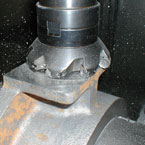 Milling a component